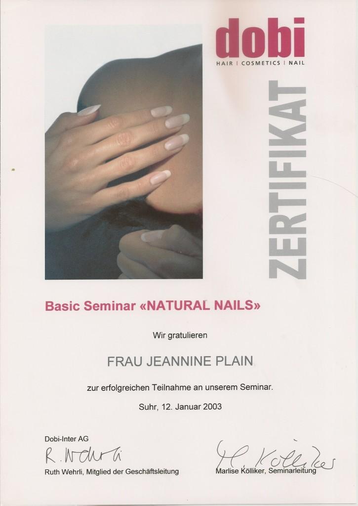2003.01_naturalnails